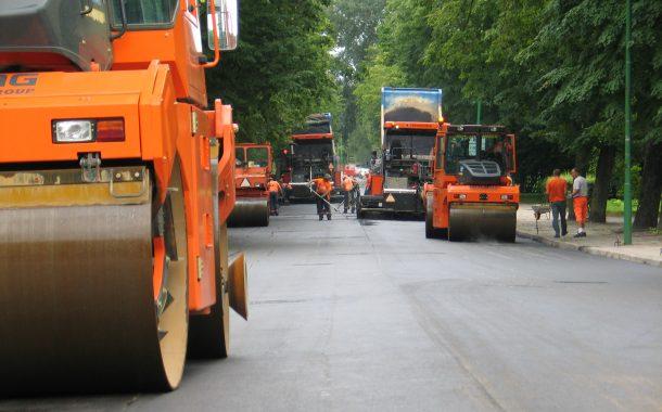 Gatvių asfaltavimo prioritetai kvepia korupcija?