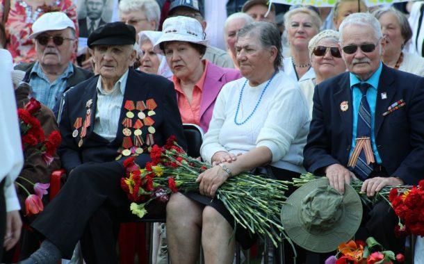 Senstanti ir šlubuojanti Klaipėda nutarė tapti jaunimo sostine