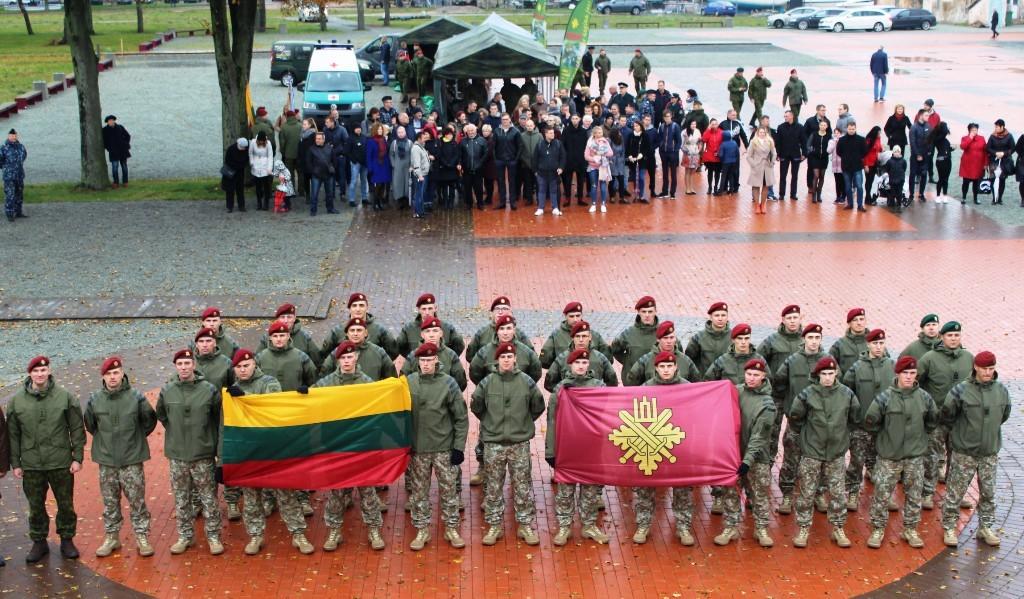 Lietuvos kariai išlydėti į Afriką